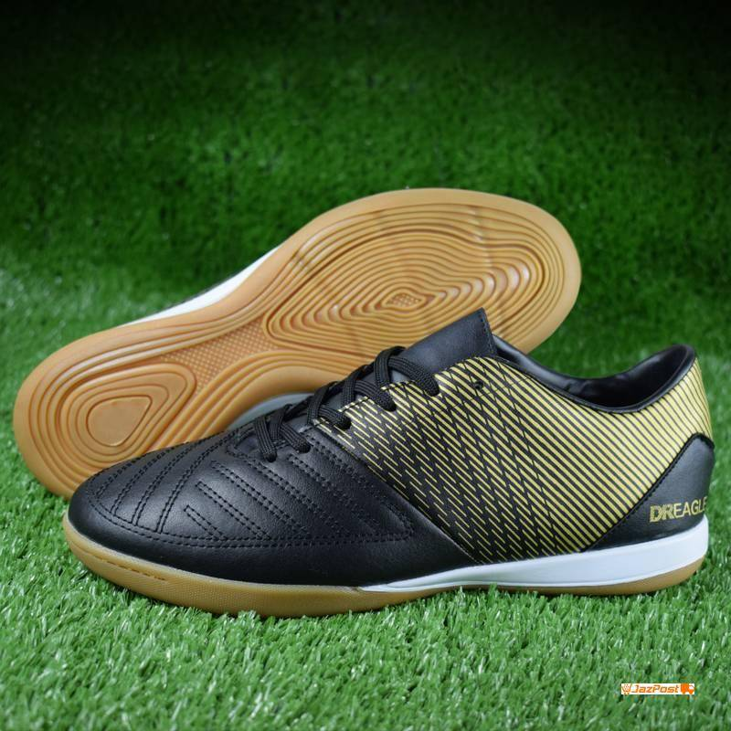 DR. EAGLE DR-07 Futsal Shoes